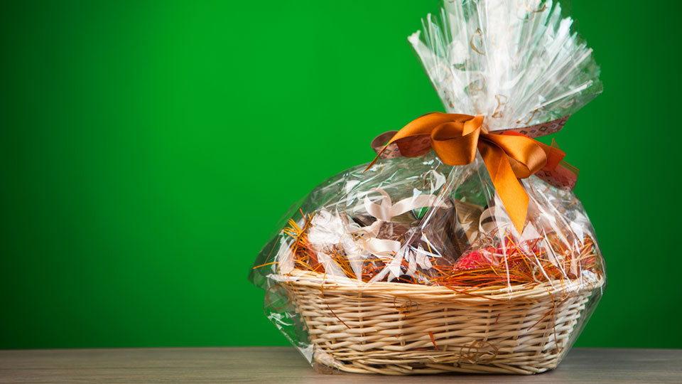 A Personal Touch: Monterey Fine Foods Gift Baskets and Boxed Lunches